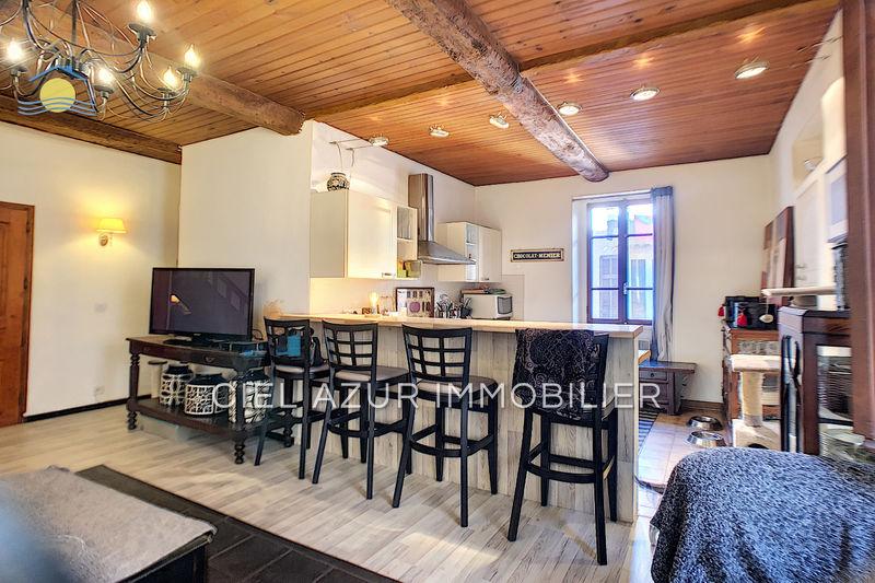 Photo Appartement Mouans-Sartoux Centre-ville,  Location appartement  3 pièces   79m²
