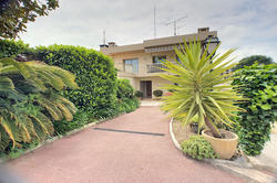 Photos  Maison contemporaine à vendre Juan-les-Pins 06160