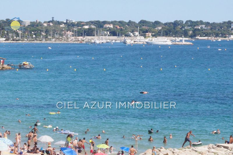 Photo Apartment Juan-les-Pins Front de mer,   to buy apartment  3 rooms   70 m²