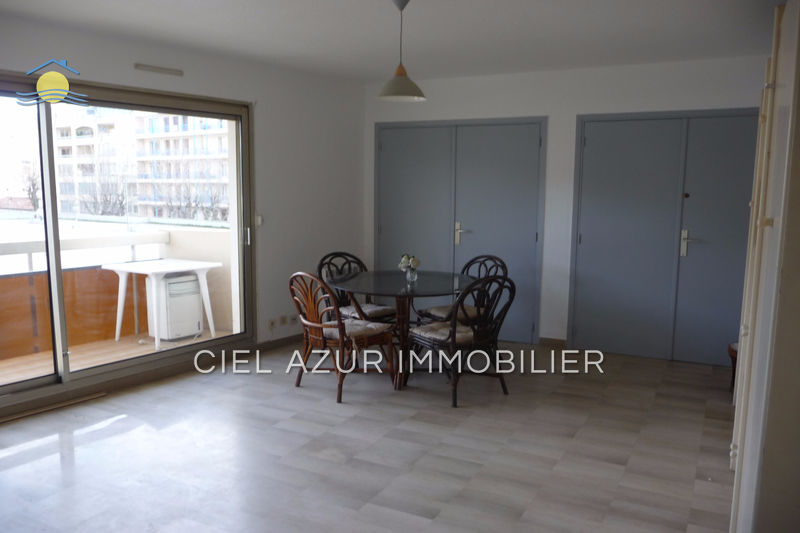 Photo Apartment Juan-les-Pins Bord de mer,   to buy apartment  1 room   31 m²