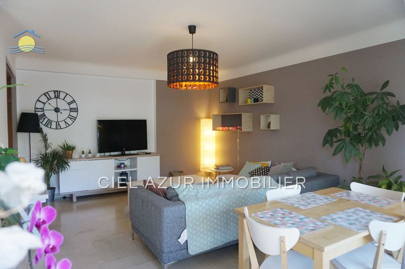 Photo Appartement Antibes Centre-ville,   achat appartement  2 pièces   54 m²
