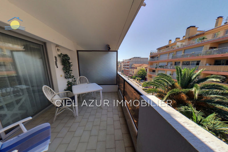 appartement  2 rooms  Juan-les-Pins Seaside  30 m² -