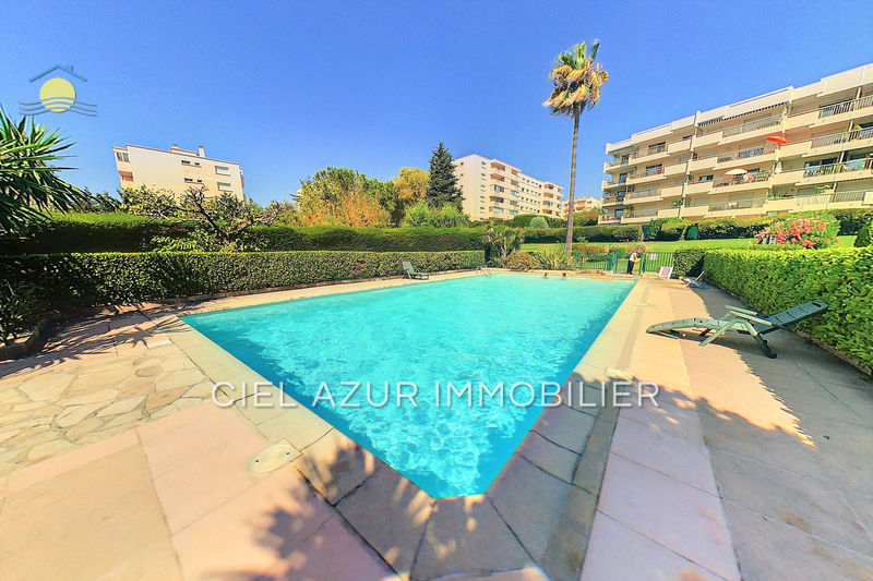 appartement  studio  Antibes   28 m² -