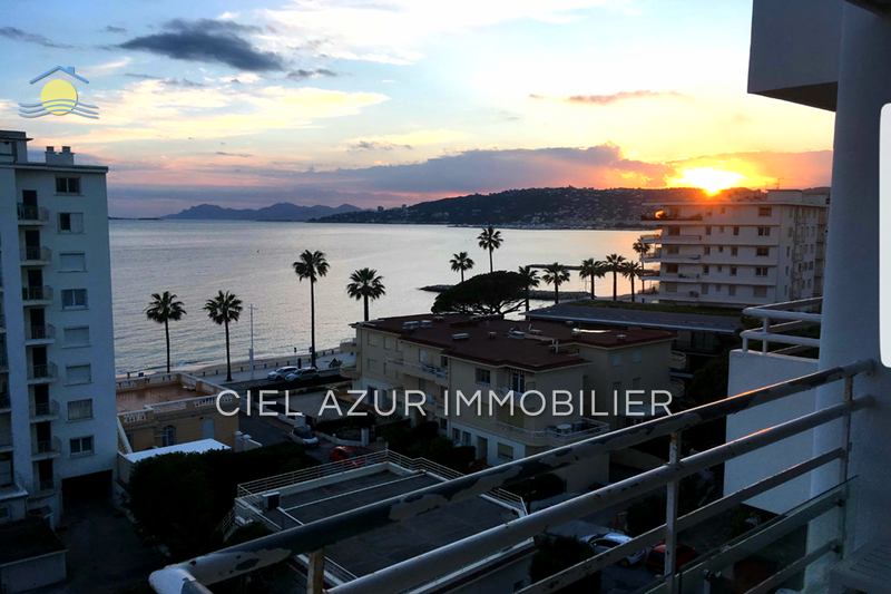 Photo Appartement Juan-les-Pins Bord de mer,   to buy appartement  2 rooms   34 m²