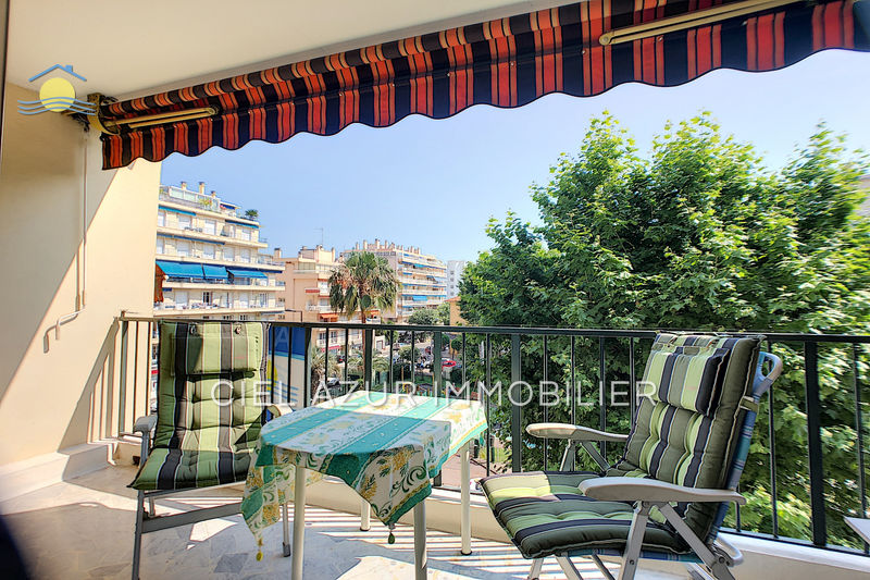 Apartment Juan-les-Pins Bord de mer,   to buy apartment  3 rooms   74 m²