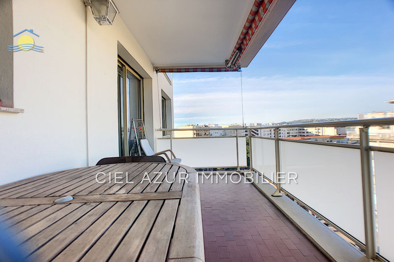 Photo Appartement Juan-les-Pins Centre-ville,   to buy appartement  2 rooms   40 m²
