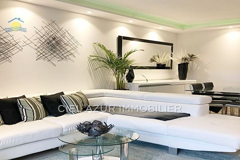 Photo Apartment Juan-les-Pins Bijou plage,   to buy apartment  3 rooms   62 m²