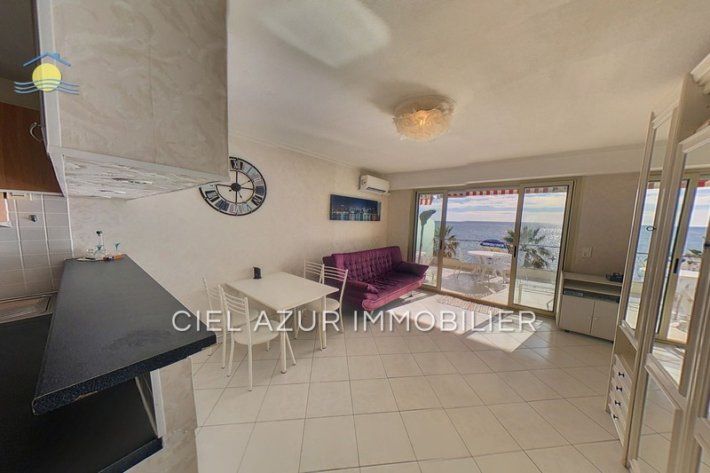 Photo Apartment Juan-les-Pins Front de mer,   to buy apartment  1 room   28 m²