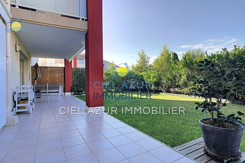 Photo Apartment Juan-les-Pins Bijou plage,   to buy apartment  2 rooms   52 m²