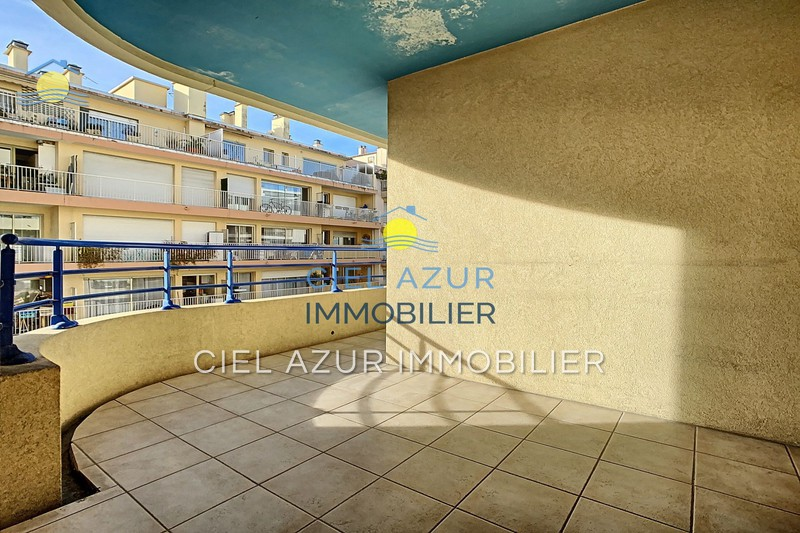 appartement  2 rooms  Juan-les-Pins Seaside  47 m² -