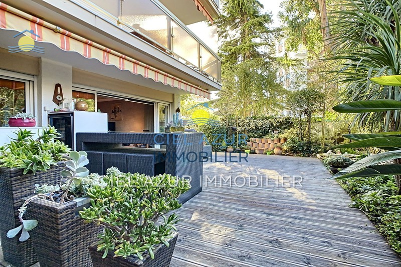 Photo Apartment Juan-les-Pins Square du lys,   to buy apartment  2 rooms   50 m²