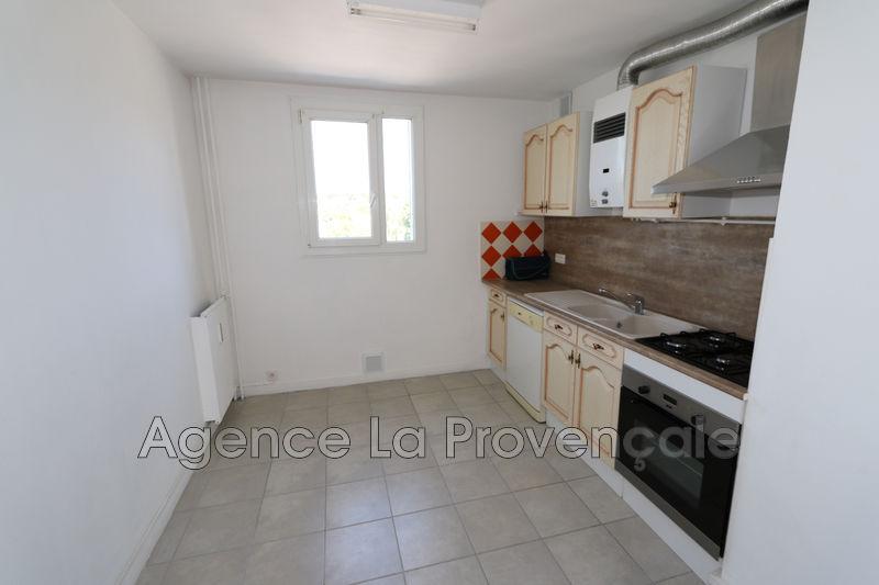 Photo Appartement Montélimar Montélimar,  Location appartement  3 pièces   60m²