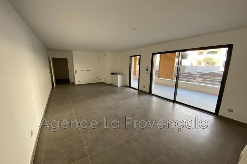 Photo Apartment Montélimar Montélimar,  Rentals apartment  3 room   73m²