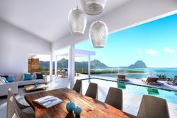 Photos  Maison Villa à vendre La Preneuse 90608
