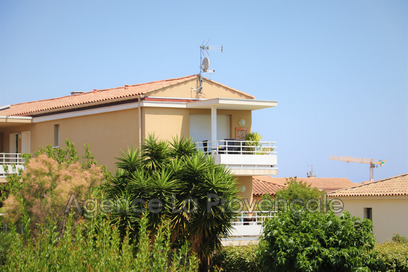 Photo Apartment Sanary-sur-Mer Sanary-sur-mer,   to buy apartment  2 room   40 m²