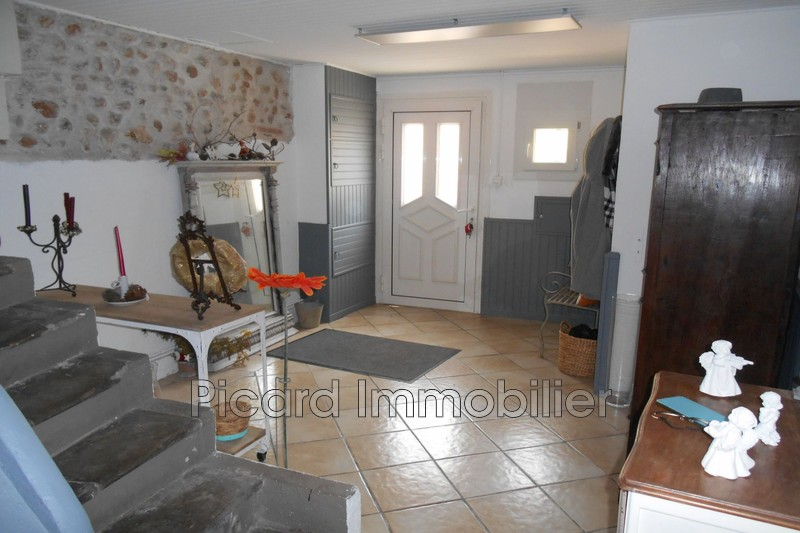 Photo Appartement Saint-Estève Village,  Location appartement  5 pièces   175 m²