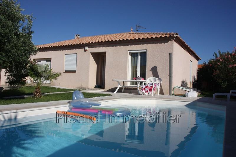 Photo Villa Saint-Estève  Location villa  3 chambres   105m²