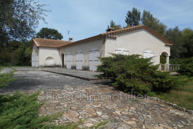 Photo Villa Anduze   achat villa  5 chambres   200m²
