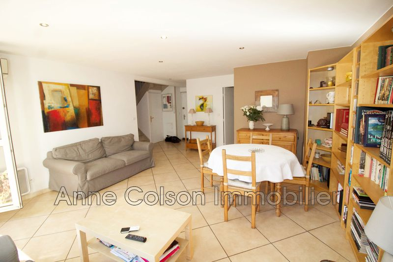 Photo Apartment Aix-en-Provence   to buy apartment  5 rooms   107m²