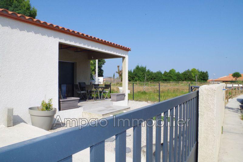Photo Villa Pia Bord de ville,   achat villa  3 chambres   84m²