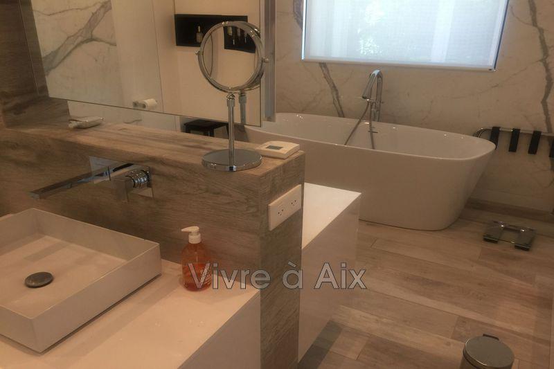 Photo n°13 -  maison contemporaine Aix-en-Provence 13080 - 8 000 €