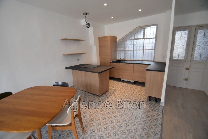 Photo n°3 - Location appartement Aix-en-Provence 13100 - 1 590 €