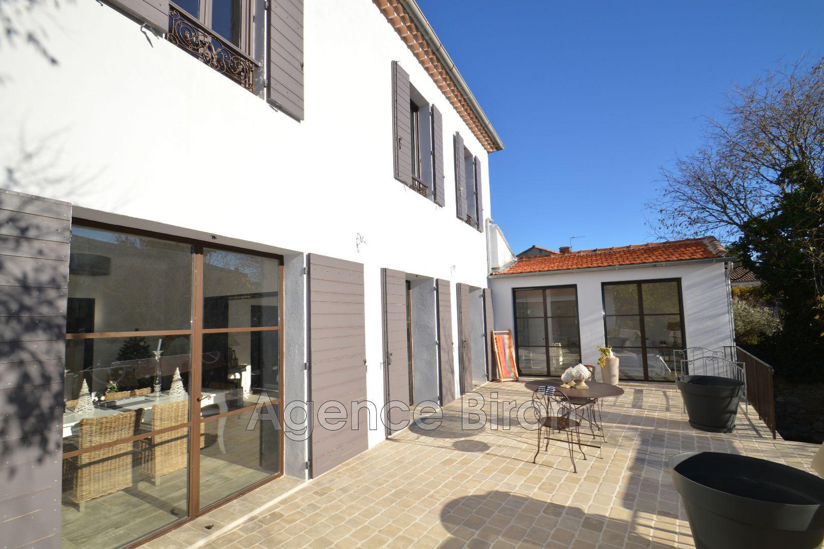 Vente maison contemporaine aix en provence 13100 1 090 for Maison vente
