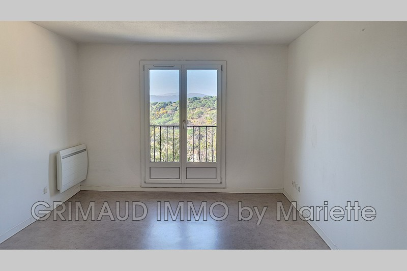 Photo n°2 - Vente appartement Grimaud 83310 - 262 000 €