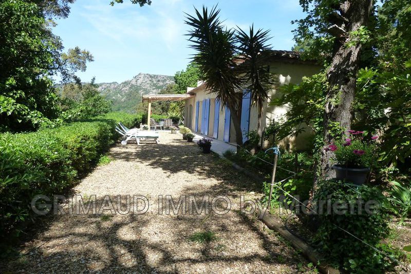 Photo n°3 - Vente Maison villa La Garde-Freinet 83680 - 840 000 €