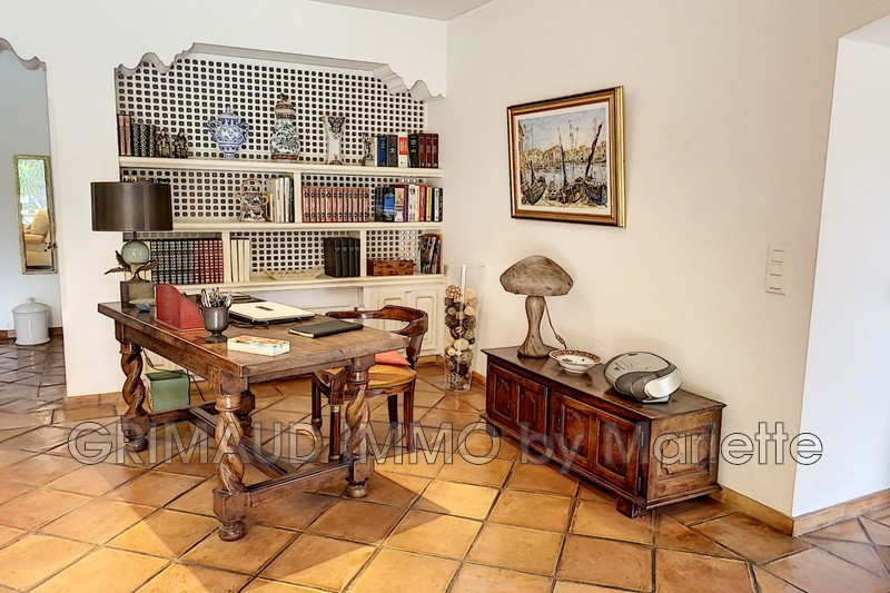 Photo n°11 - Vente Maison villa Sainte-Maxime 83120 - 1 275 000 €