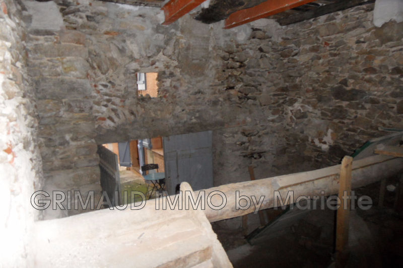 Photo n°4 - Vente maison en pierre Grimaud 83310 - 95 000 €