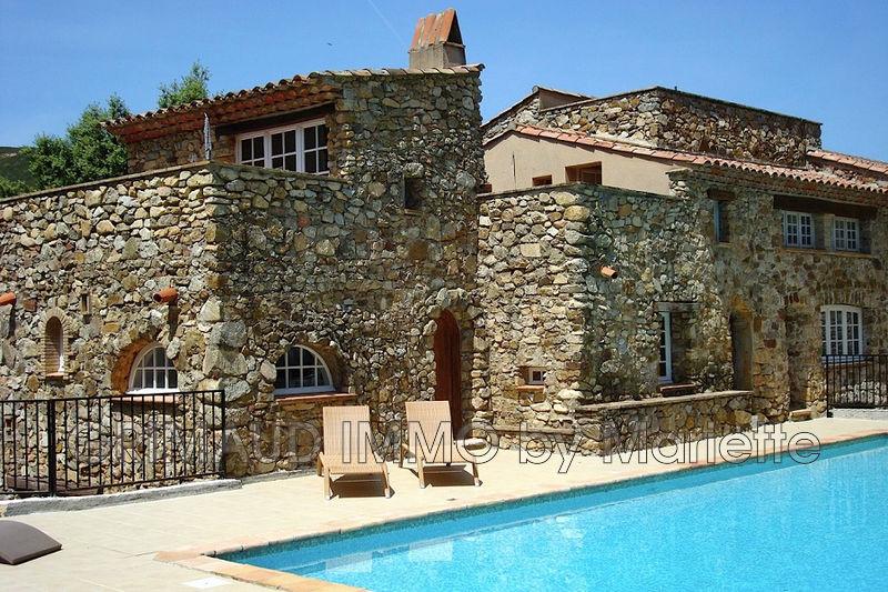 Photo n°2 - Vente maison de campagne Le Plan-de-la-Tour 83120 - 399 500 €