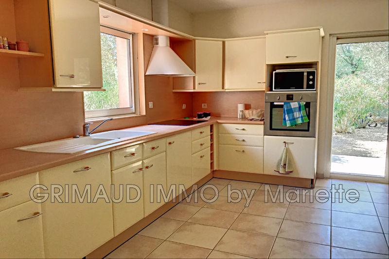 Photo n°7 - Vente Maison villa provençale Le Plan-de-la-Tour 83120 - 789 000 €