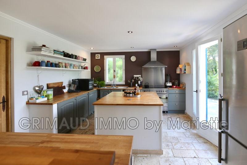 Photo n°3 - Vente Maison villa provençale La Garde-Freinet 83680 - 990 000 €