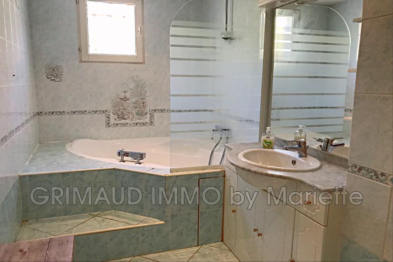 Photo n°8 - Vente Maison villa provençale Grimaud 83310 - 385 000 €
