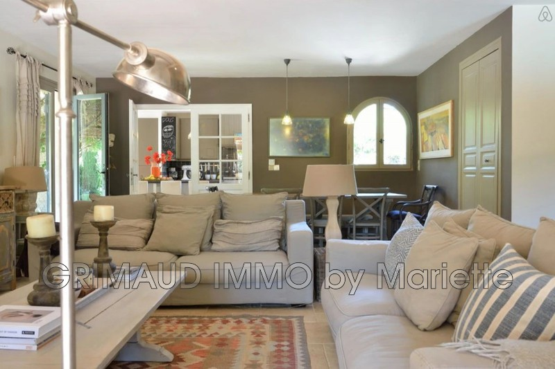 Photo n°5 - Vente Maison villa provençale Le Plan-de-la-Tour 83120 - 899 000 €