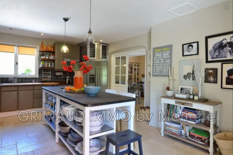 Photo n°6 - Vente Maison villa provençale Le Plan-de-la-Tour 83120 - 899 000 €