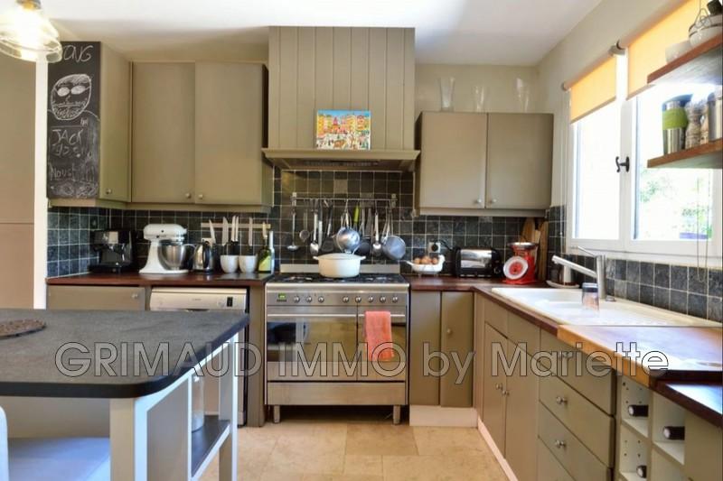 Photo n°7 - Vente Maison villa provençale Le Plan-de-la-Tour 83120 - 899 000 €