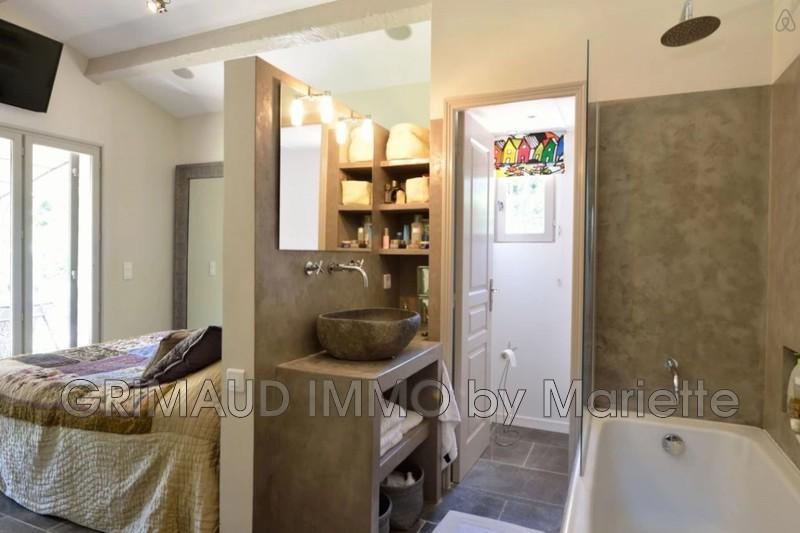 Photo n°9 - Vente Maison villa provençale Le Plan-de-la-Tour 83120 - 899 000 €