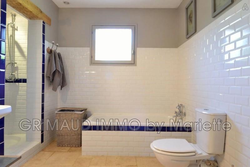 Photo n°10 - Vente Maison villa provençale Le Plan-de-la-Tour 83120 - 899 000 €