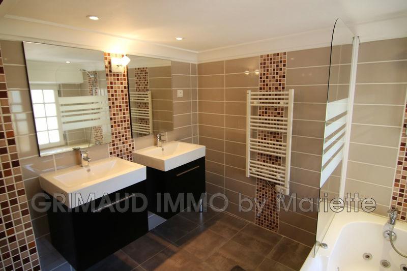 Photo n°10 - Vente appartement Le Plan-de-la-Tour 83120 - 394 000 €