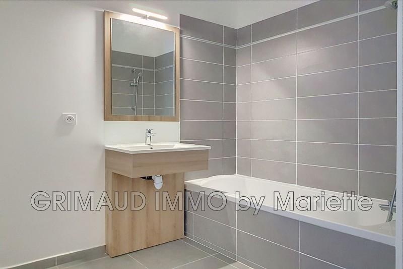 Photo n°4 - Vente appartement Le Plan-de-la-Tour 83120 - 235 000 €
