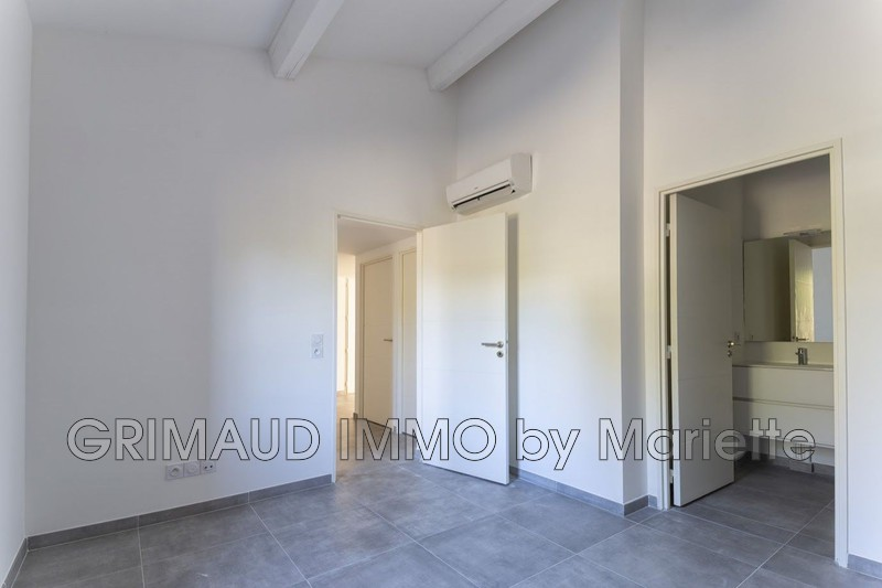 Photo n°4 - Vente appartement Grimaud 83310 - 534 438 €