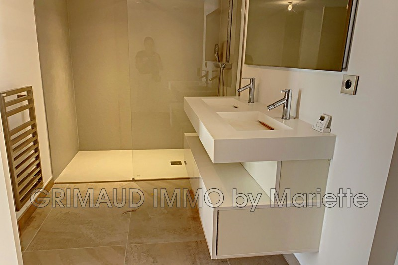 Photo n°3 - Vente appartement Saint-Tropez 83990 - 815 000 €