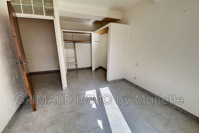 Photo n°3 - Vente appartement La Garde-Freinet 83680 - 110 000 €