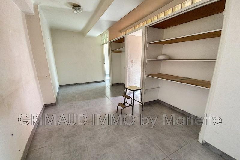 Photo n°5 - Vente appartement La Garde-Freinet 83680 - 110 000 €