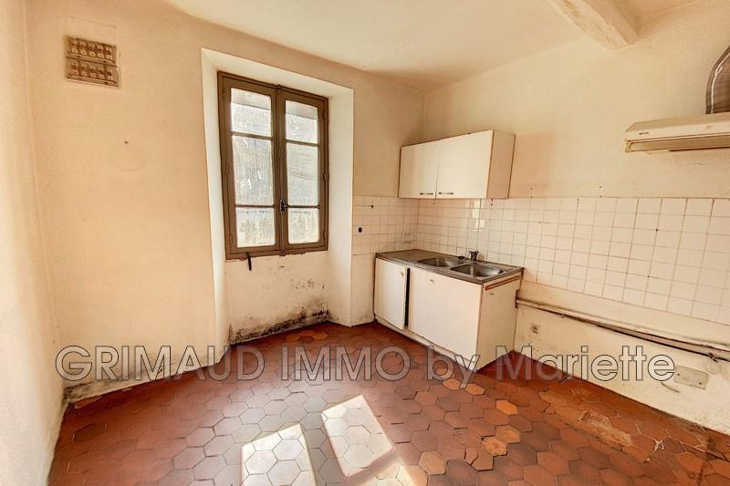 Photo n°2 - Vente appartement La Garde-Freinet 83680 - 110 000 €