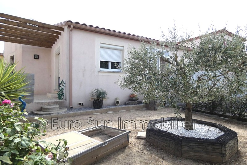 Photo Villa Nissan-lez-Enserune   to buy villa  3 bedroom   111 m²