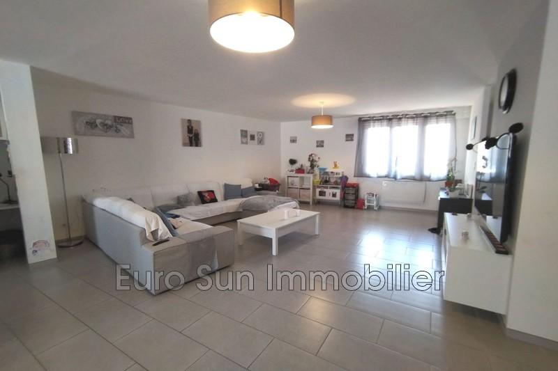 Photo Maison Cébazan Centre-ville,   achat maison  4 chambres   245m²