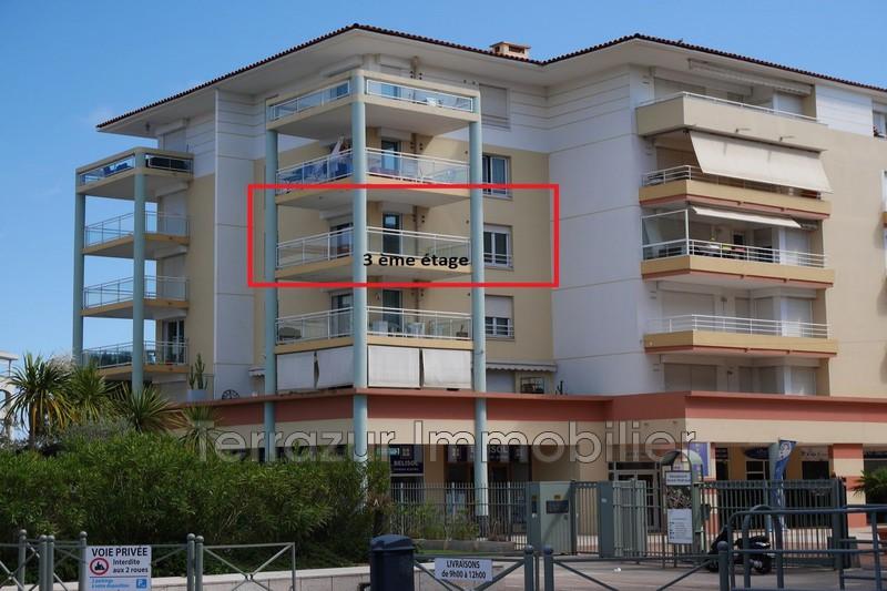 Photo n°1 - Location appartement Juan-les-Pins 06160 - 850 €